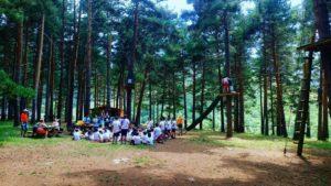 Actividades fuera de la escuela Campo base multi-aventura