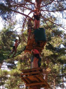 Campo Base - Parque Multiaventura en La Pinilla 2