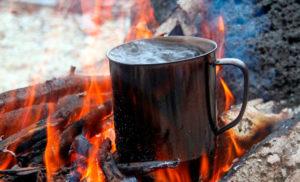 Cursos de supervivencia y bushcraft. Bebida caliente
