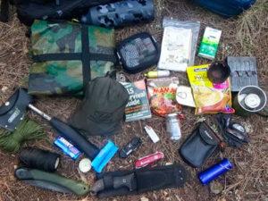 Cursos de supervivencia y bushcraft. Equipo