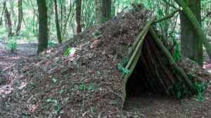 Cursos de supervivencia y bushcraft. Refugio
